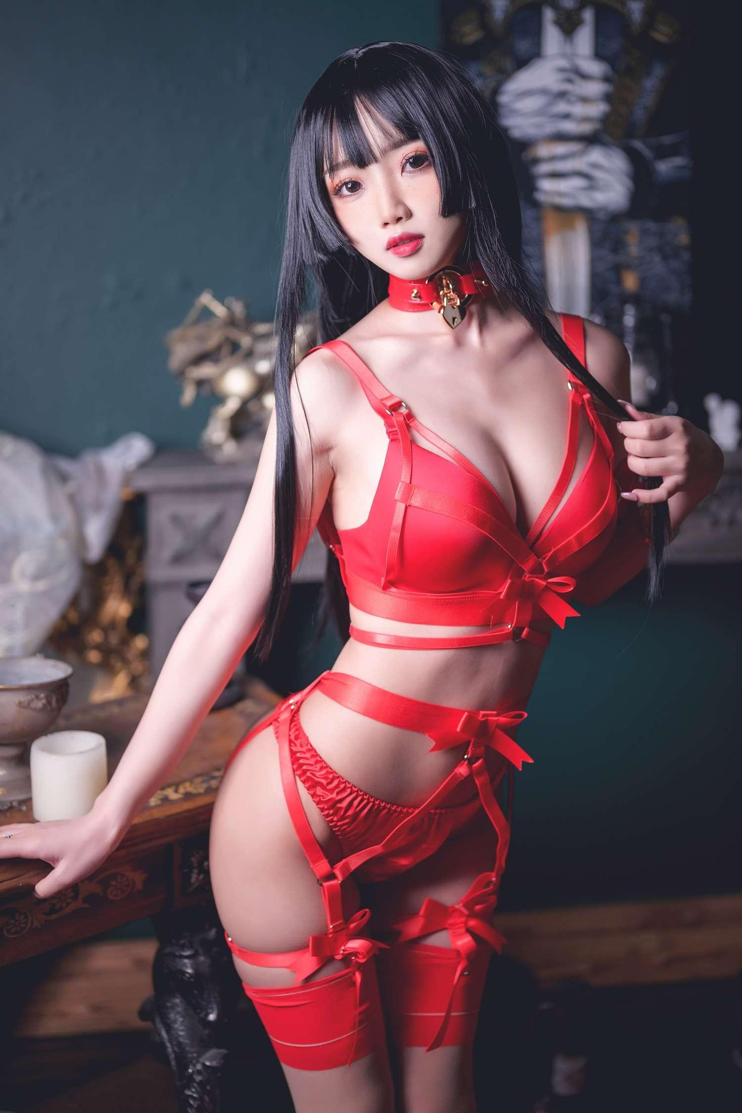 「鬼畜瑶在不在w」 红色束缚 #美少女日常写真 带mp4