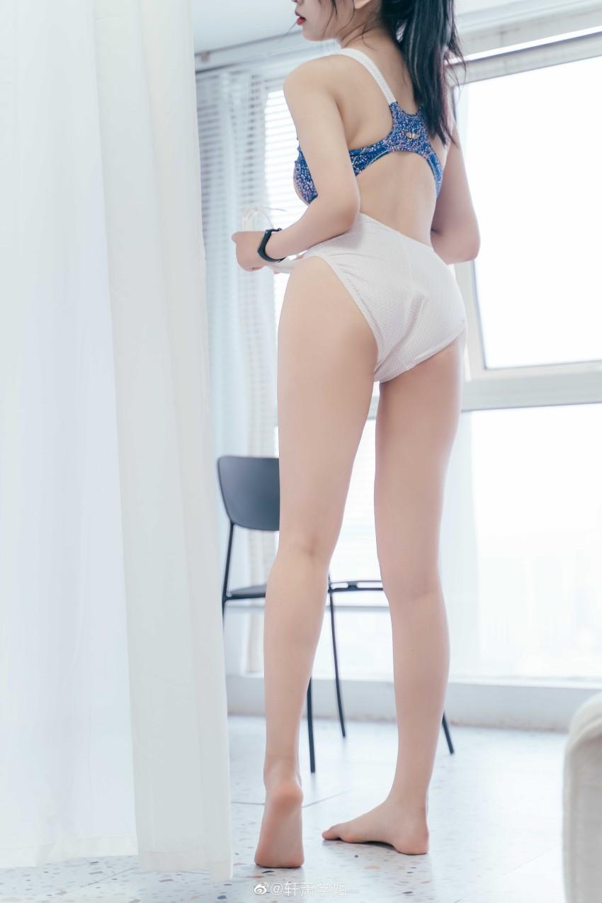 「轩萧学姐」蓝色的夏日限定泳装